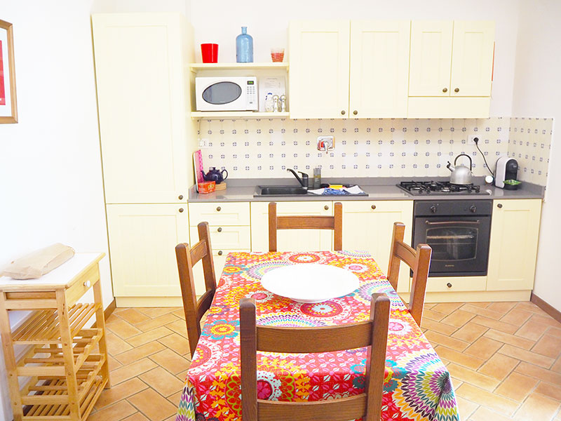 Assisi-Fully-Equipped-Kitchen