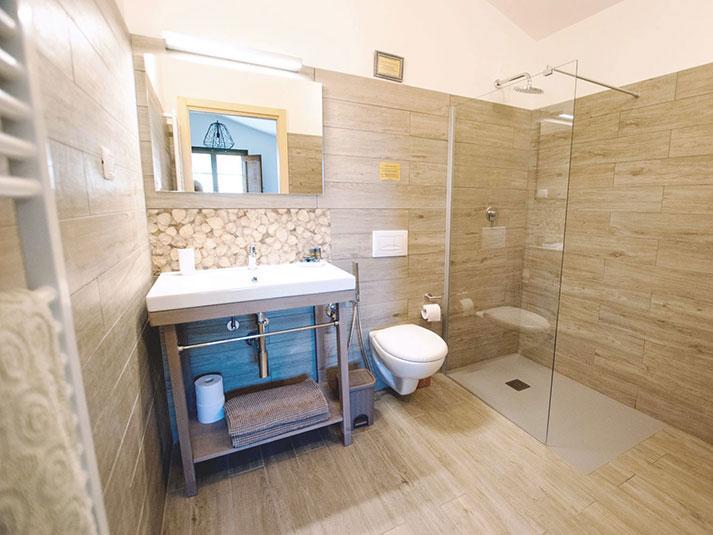 Pinolo-Bathroom