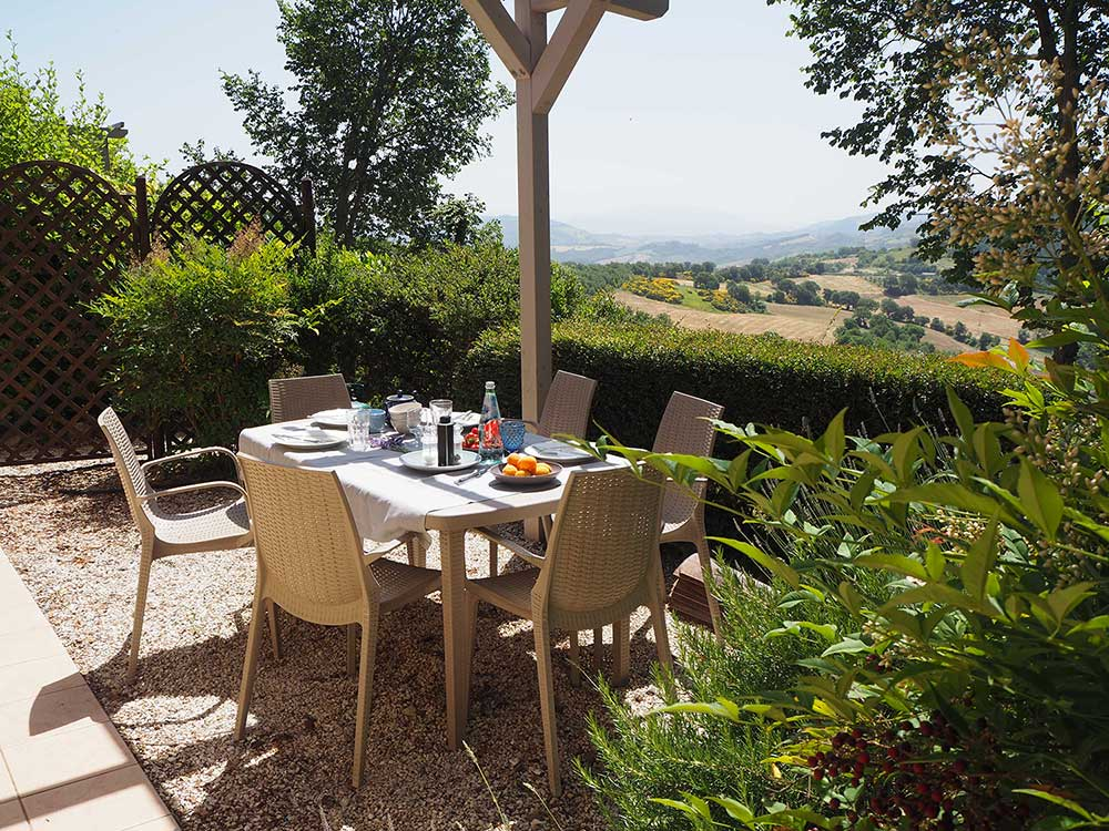 Dine alfresco on the Assisi terrace